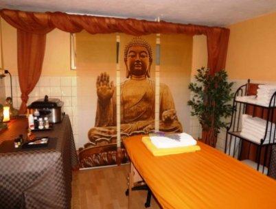 Massageraum mit Buddha