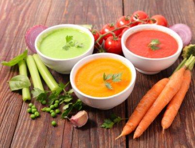 Suppenfasten aus frisch zubereitetem Gemüse