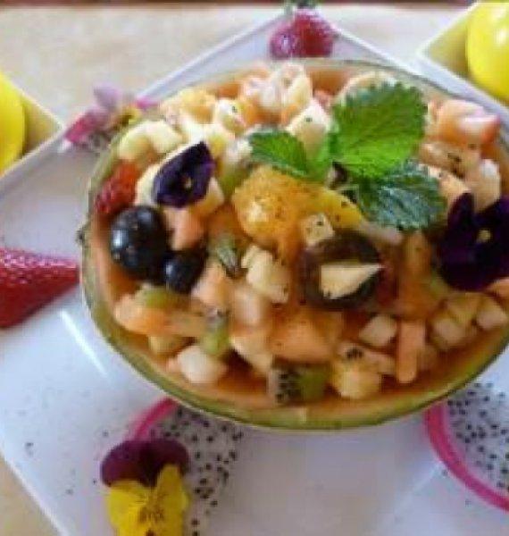 leckeren Obstsalat zum Frühstück