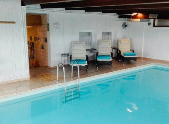 Schwimmbad im Fastenzentrum Birkhalde